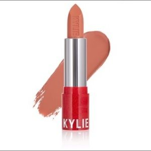 Kylie Coming to Town Matte